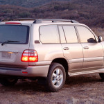 Toyota-Land-Cruiser-100-2003-1680x1050-002